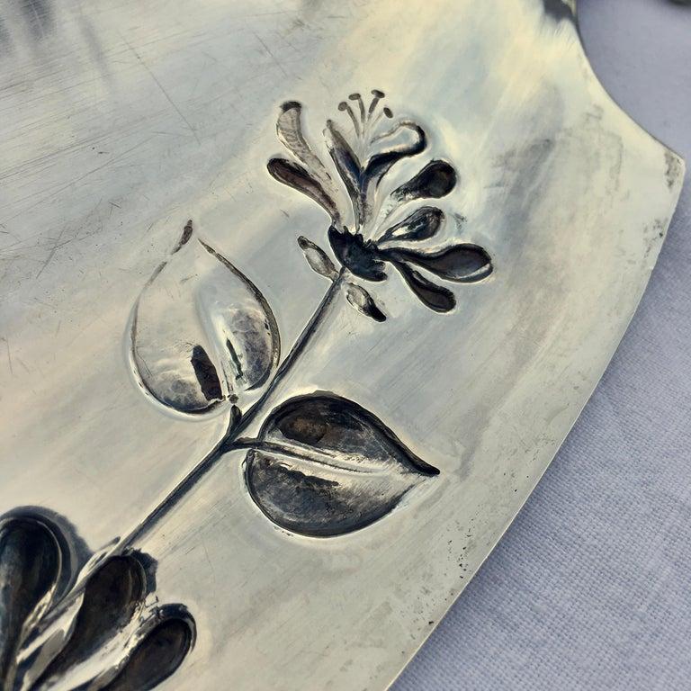 Silver Serving Platter, Art Nouveau, M.H. Wilkens & Söhne, Bremen, Germany, 1899 For Sale 4