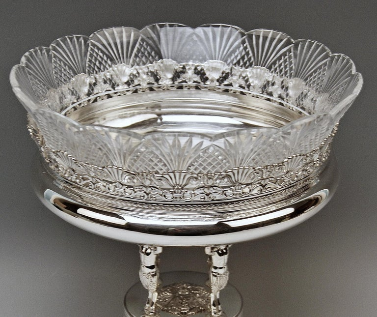 Late Victorian Silver Round Flower Bowl Centrepiece Heinrich Bleyer Chemnitz Germany circa 1890 For Sale