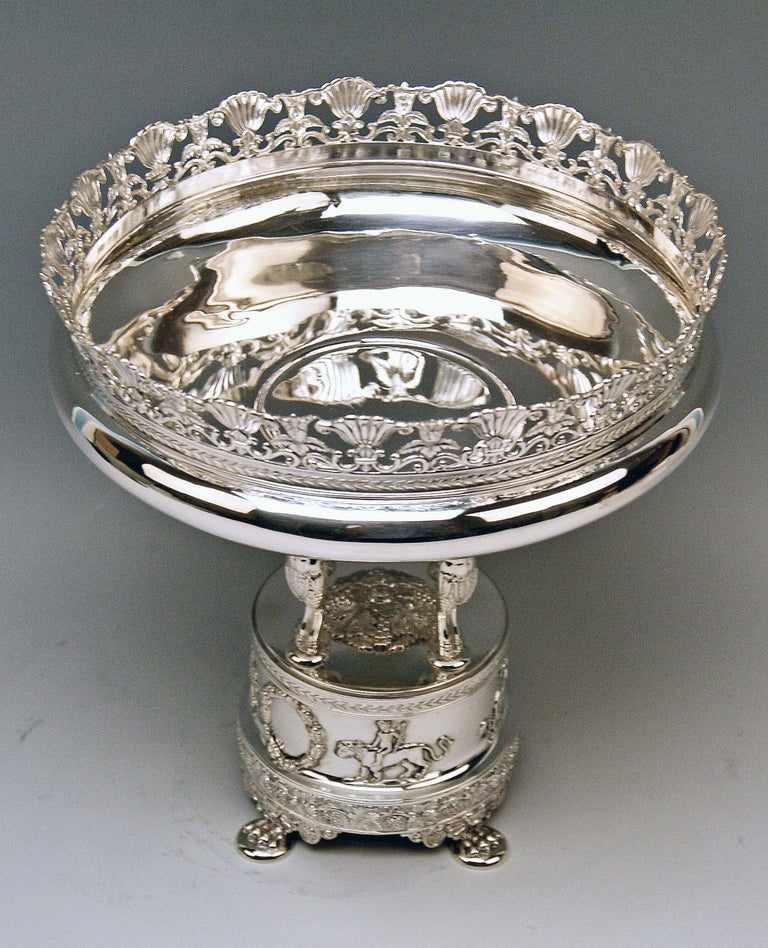 Late 19th Century Silver Round Flower Bowl Centrepiece Heinrich Bleyer Chemnitz Germany circa 1890 For Sale