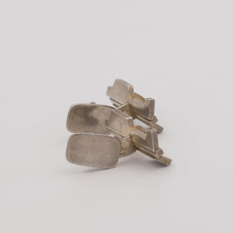 Late 20th Century Silver Sculptural Modernist Silver Cufflinks by Rey Urban for Age Fausing, 1972 For Sale