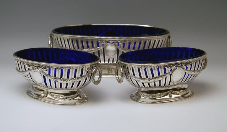 Art Nouveau Silver Set Three Bowls Cobalt Blue Glass Liners Master Bubeniczek Vienna ca.1900 For Sale