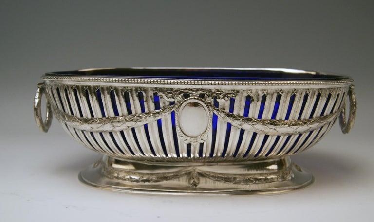 Early 20th Century Silver Set Three Bowls Cobalt Blue Glass Liners Master Bubeniczek Vienna ca.1900 For Sale