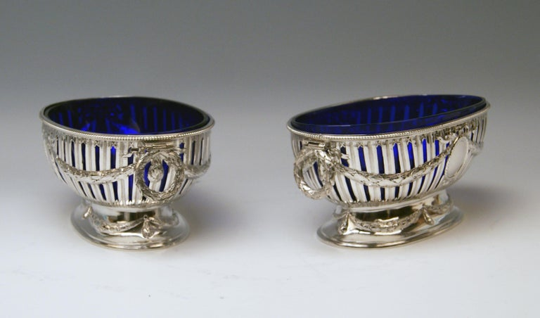 Silver Set Three Bowls Cobalt Blue Glass Liners Master Bubeniczek Vienna ca.1900 For Sale 2
