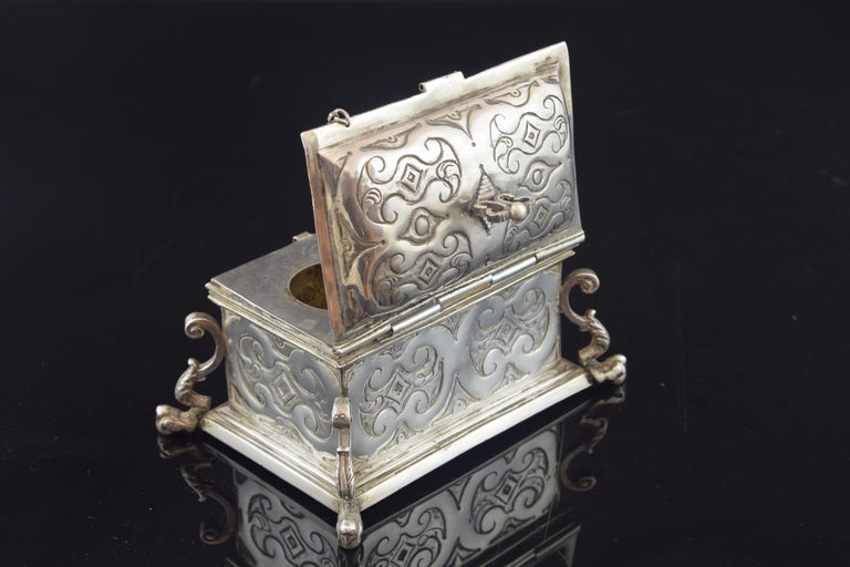 Silver Small Chest for the Holy Oil, 17th Century For Sale 1