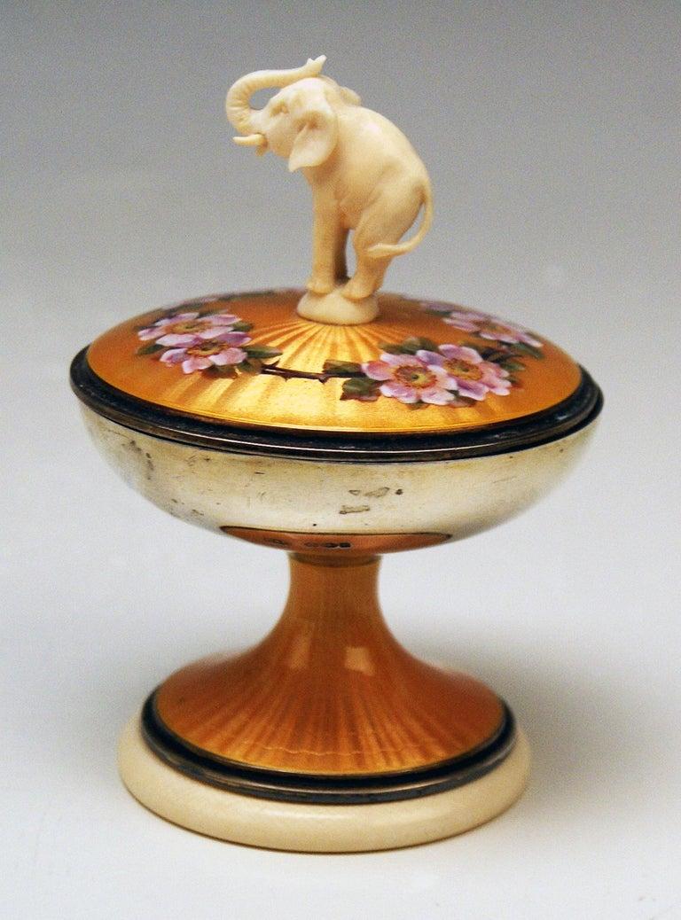 British Silver Sterling 925 Lidded Goblet Elephant Rose Flowers London UK 1914-1915 For Sale