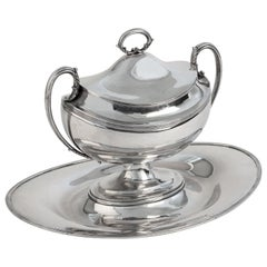 Silver Tureene with Presentoir