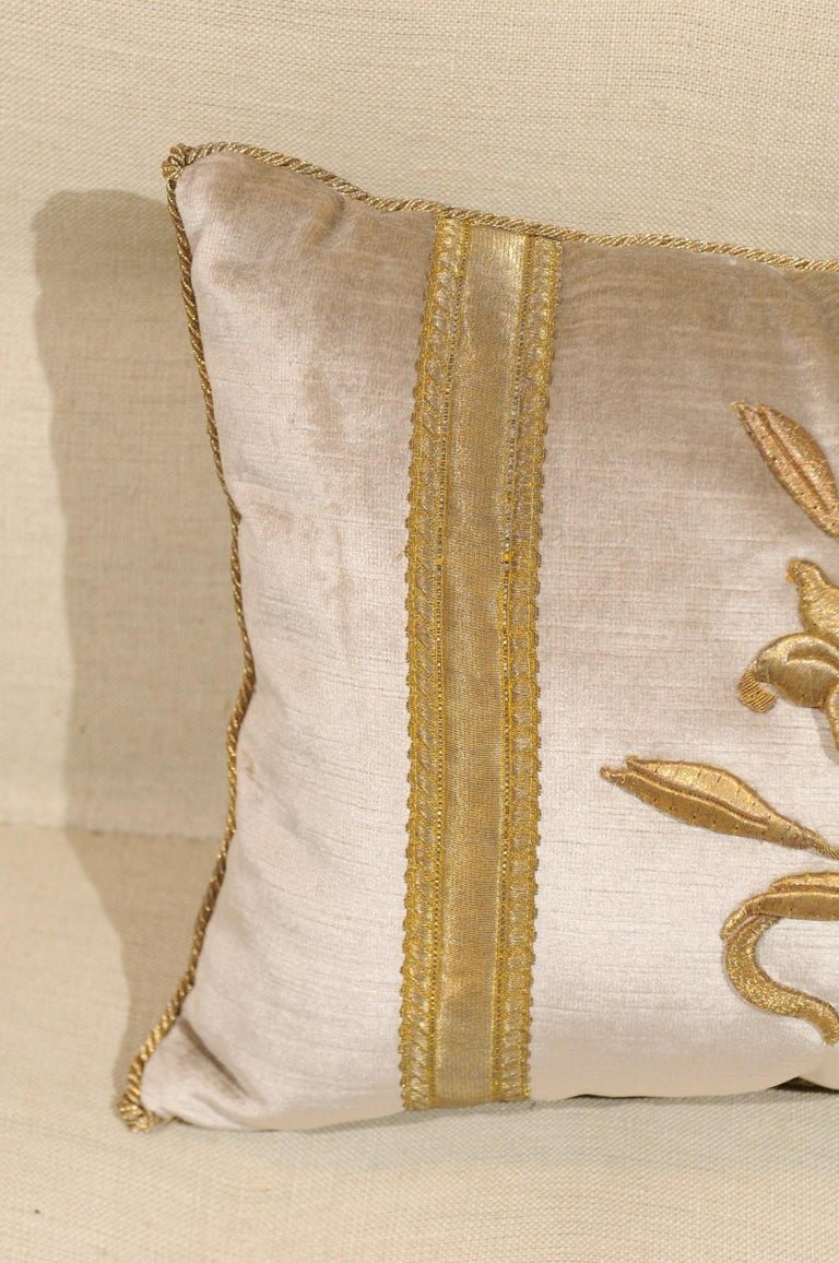 Silver Velvet Pillow with Raised Gold Metallic Embroidery of a Lily Flower For Sale 5