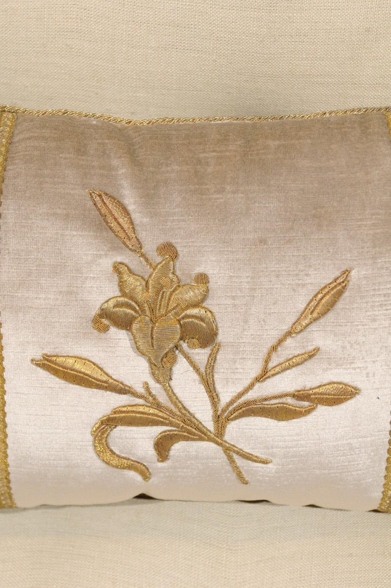 Silver Velvet Pillow with Raised Gold Metallic Embroidery of a Lily Flower For Sale 6