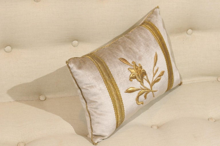 American Silver Velvet Pillow with Raised Gold Metallic Embroidery of a Lily Flower For Sale