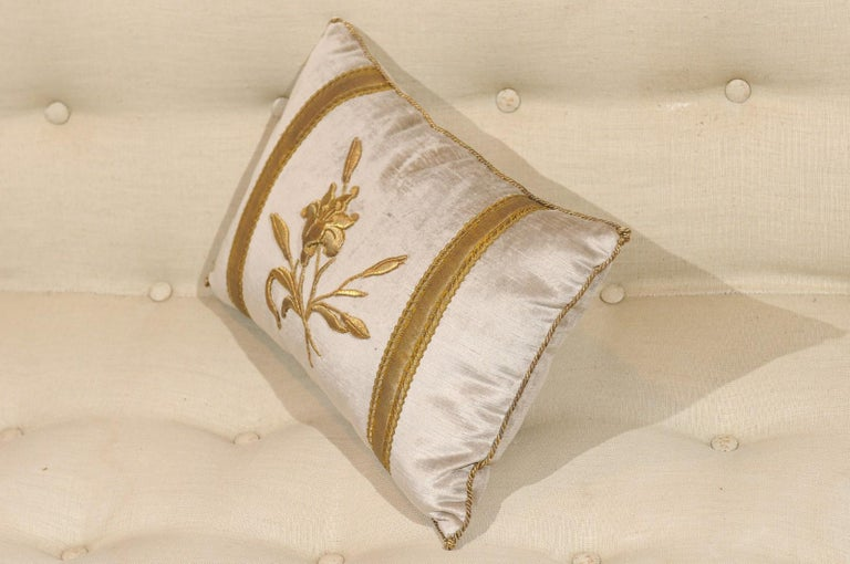 Contemporary Silver Velvet Pillow with Raised Gold Metallic Embroidery of a Lily Flower For Sale