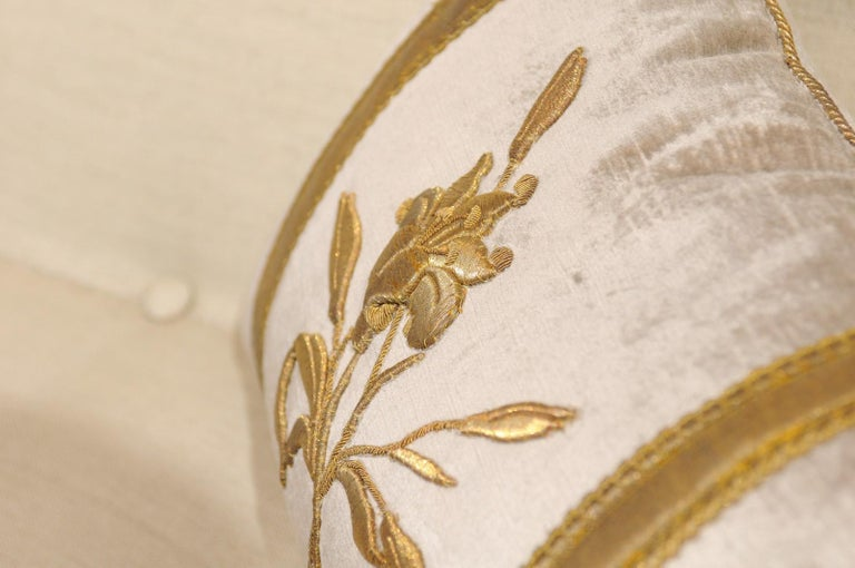 Silver Velvet Pillow with Raised Gold Metallic Embroidery of a Lily Flower For Sale 1