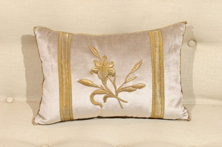 Silver Velvet Pillow with Raised Gold Metallic Embroidery of a Lily Flower For Sale 3