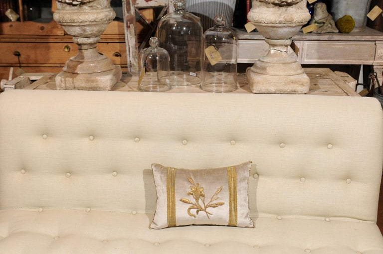 Silver Velvet Pillow with Raised Gold Metallic Embroidery of a Lily Flower For Sale 4