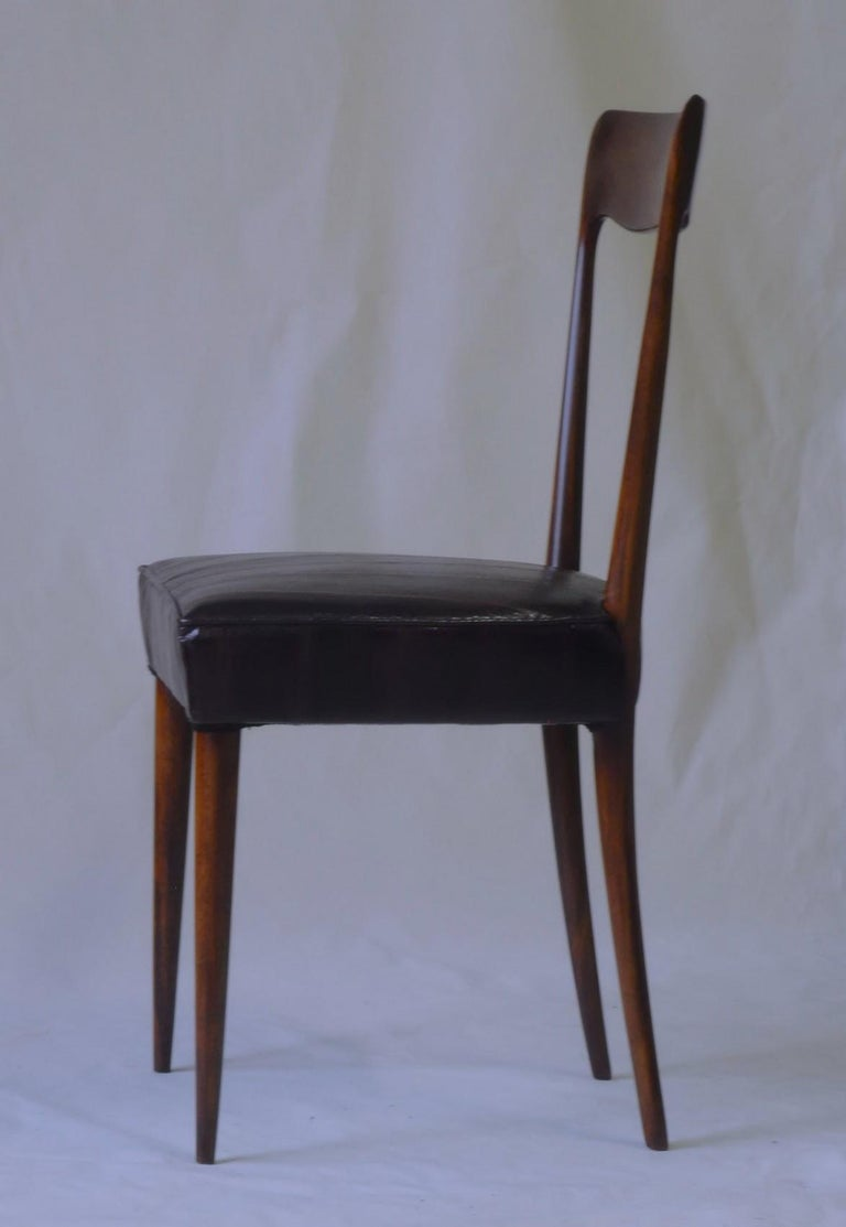 Silvio Cavatorta Four Dining Chairs, Fully Restored, Mahogany and Snake Leather For Sale 9