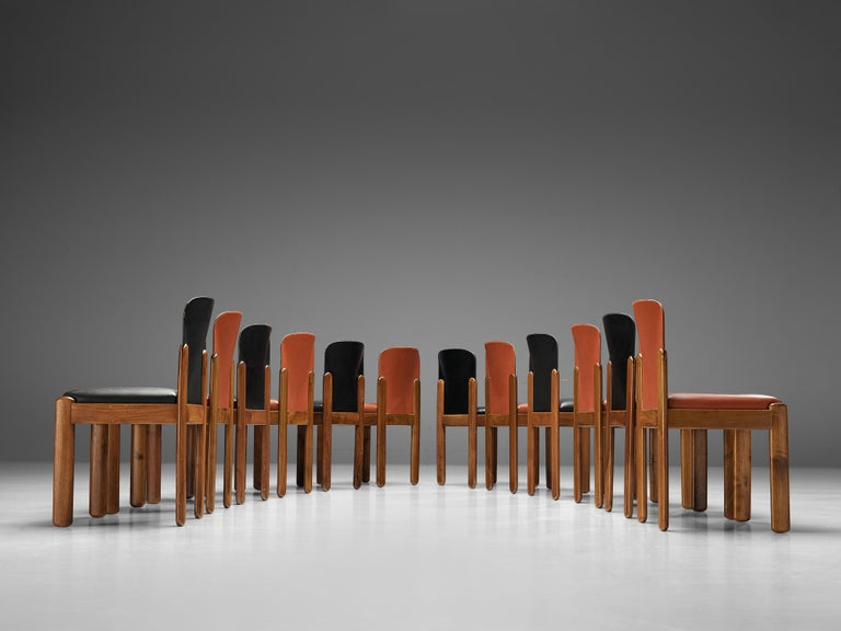 Silvio Coppola for Bernini Set of 12 Dining Chairs in Red and Black Leather For Sale 2
