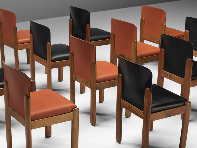 Silvio Coppola for Bernini Set of 12 Dining Chairs in Red and Black Leather For Sale 3