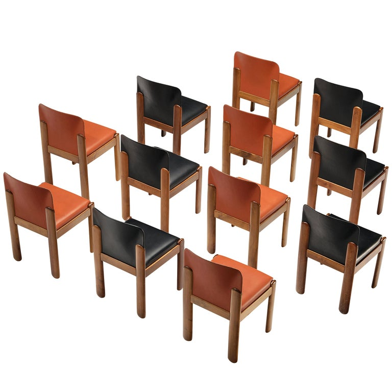 Silvio Coppola for Bernini Set of 12 Dining Chairs in Red and Black Leather For Sale