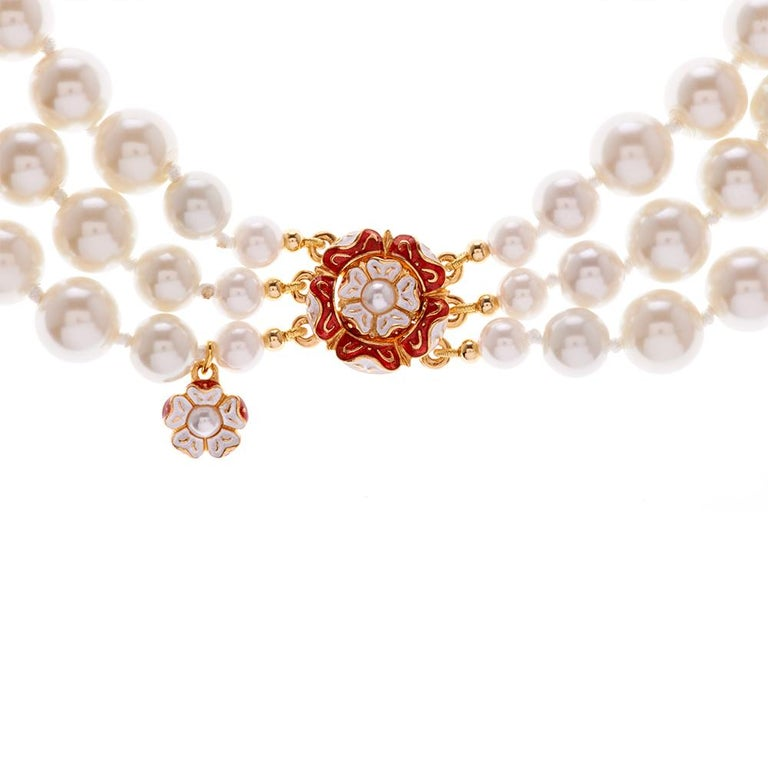 Contemporary Simon Harrison Romeo & Juliet Three Row Pearl Necklace For Sale