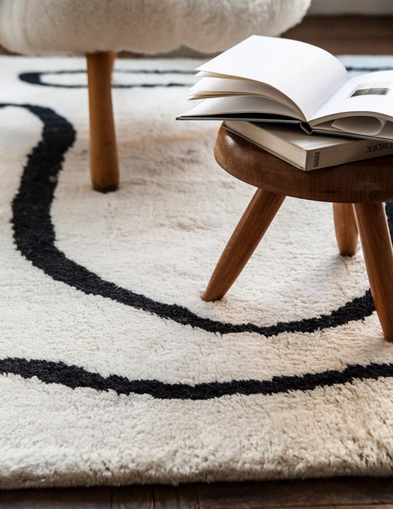 Indian Simple Object 18 Dusty White, Wool Shaggy Berber Rug in Scandinavian Design For Sale
