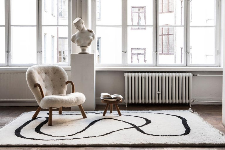 Simple Object 18 Dusty White, Wool Shaggy Berber Rug in Scandinavian Design In New Condition For Sale In Floral Park, NY