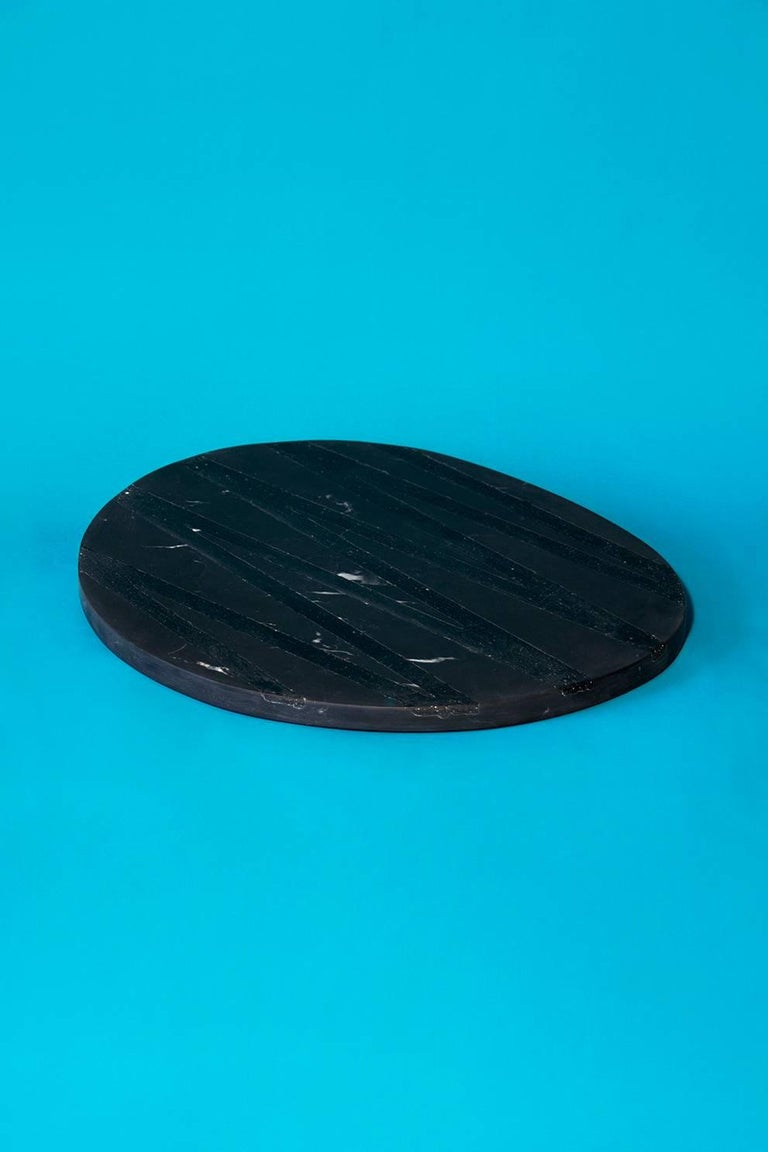 Board or Serving Plate Stone Resin Contemporary Style Black/White  In New Condition For Sale In Mexico City, MX