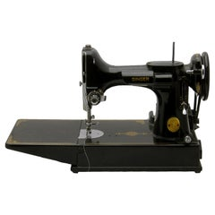 Singer Featherweight Model 221 Was Made Exclusively at the Company's Kilbowie