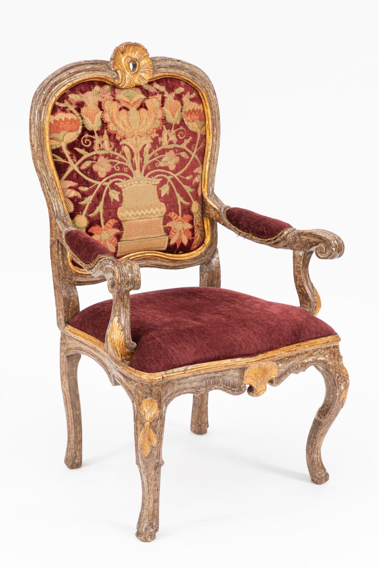18th Century and Earlier Single 18th Century Italian Giltwood Armchair For Sale