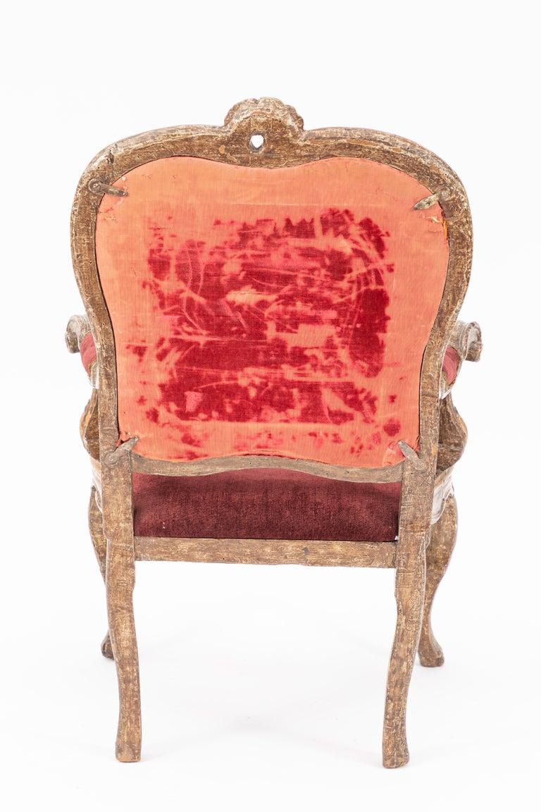 Single 18th Century Italian Giltwood Armchair For Sale 2