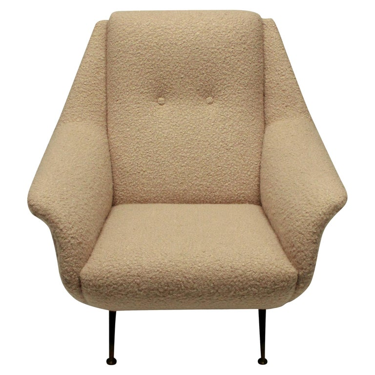Single Gio Ponti Armchair of Comfortable Proportions For Sale