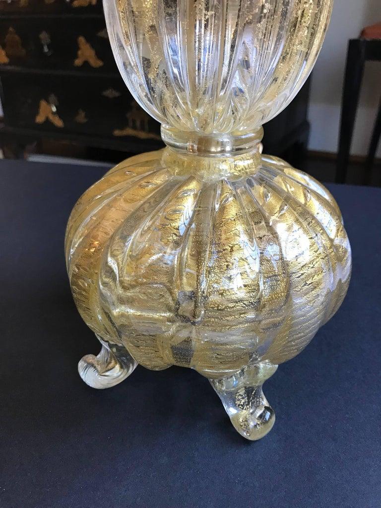Single Gold Coronado D'oro Italian Murano Glass Footed Lamp For Sale 4