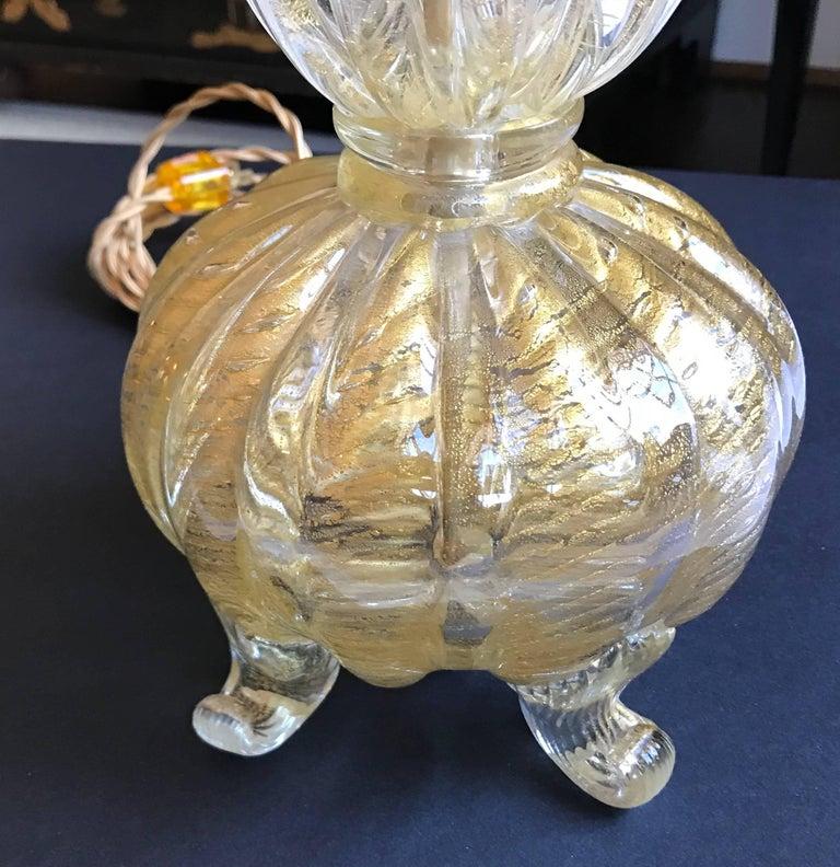 Single Gold Coronado D'oro Italian Murano Glass Footed Lamp For Sale 5