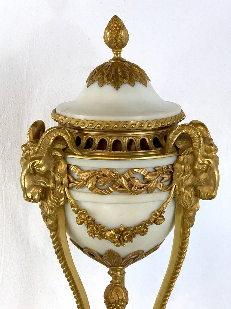 French Single Louis XVI Style Ormolu and Marble Neoclassical Cassolette/Urn For Sale
