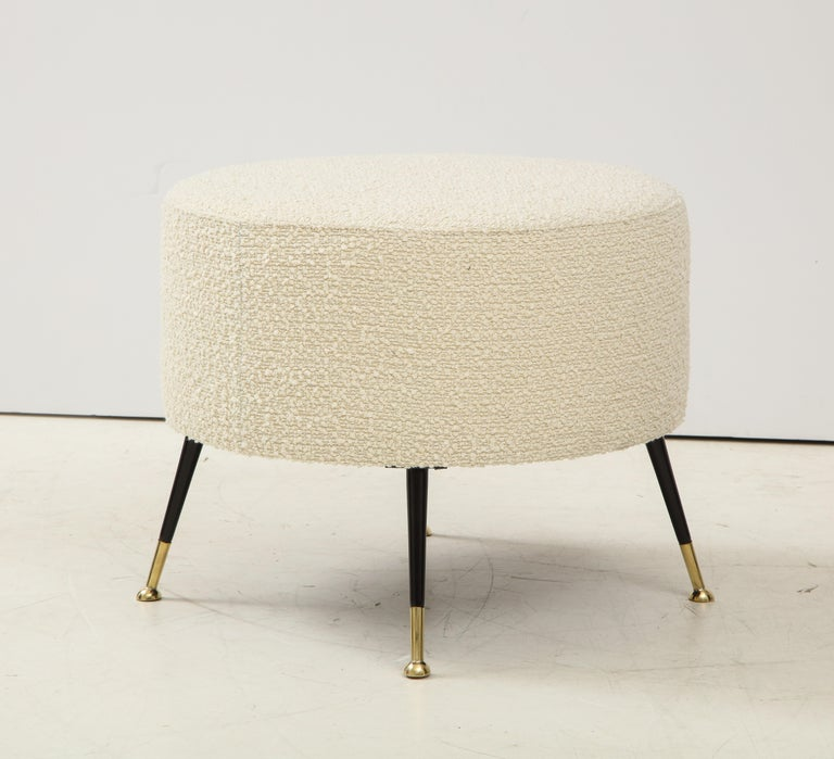 Single Round Stool or Pouf in Ivory Boucle Brass Legs, Italy, 2021 For Sale 2