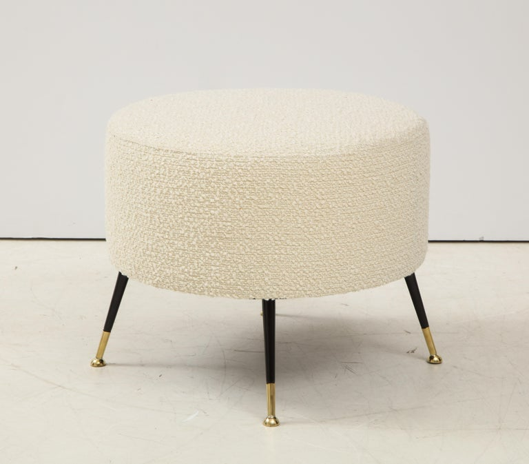 Single Round Stool or Pouf in Ivory Boucle Brass Legs, Italy, 2021 For Sale 4