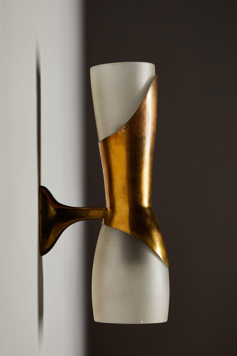 Single Sconce by Pietro Chiesa for Fontana Arte In Good Condition For Sale In Los Angeles, CA