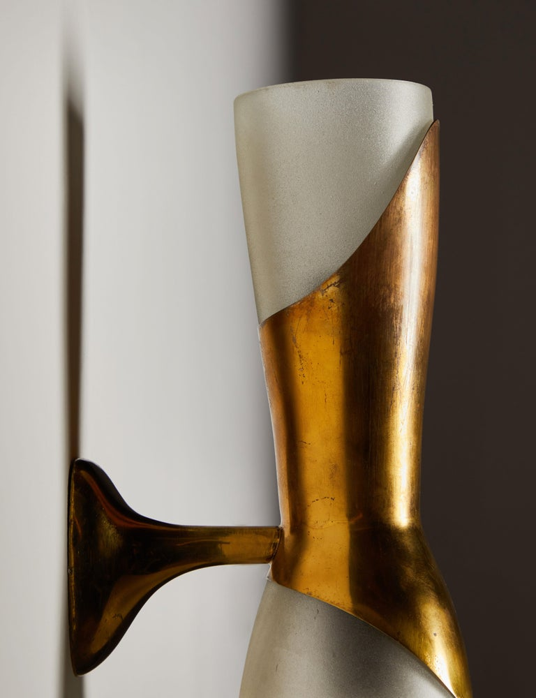 Mid-20th Century Single Sconce by Pietro Chiesa for Fontana Arte For Sale