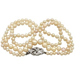 Single Strand Pearl Necklace with Diamond White Gold Clasp