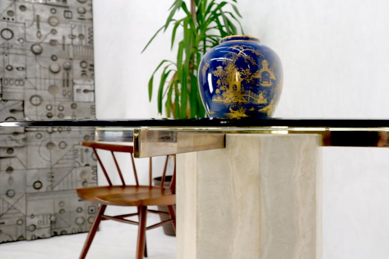 Single Travertine & Brass Pedestal Base Round Glass Top Dining Dinette Table For Sale 2