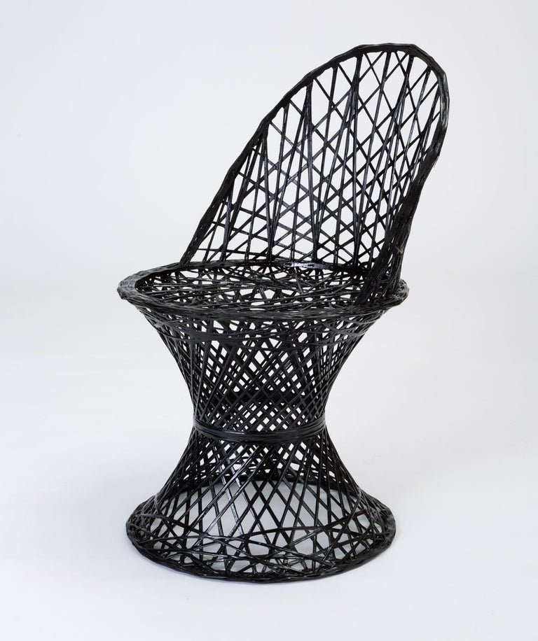 Mid-Century Modern Single Woodard Spun Fiberglass Patio Dining Side Chair For Sale