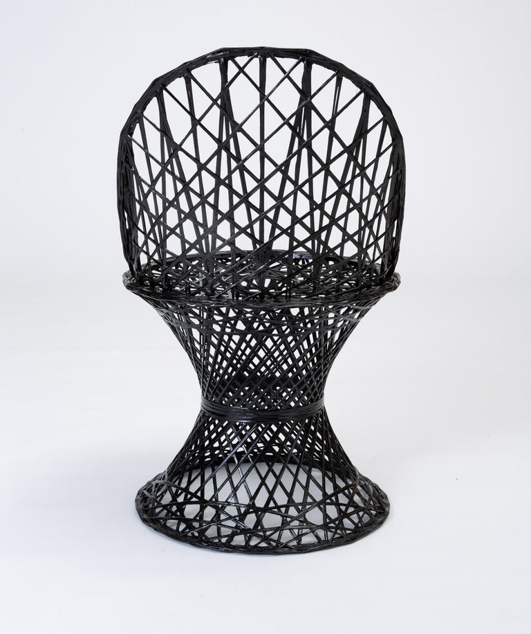Single Woodard Spun Fiberglass Patio Dining Side Chair In Excellent Condition For Sale In Los Angeles, CA