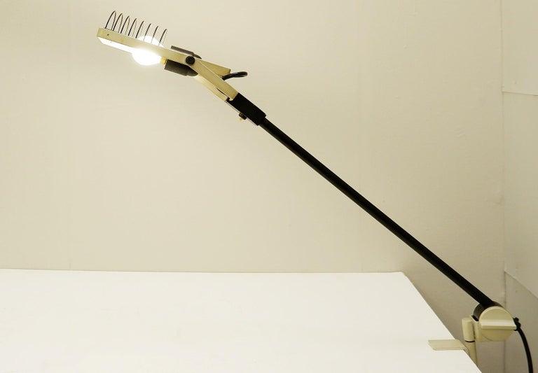 'Sintesi Morsetto' table lamp by Ernesto Gismondi for Artemide, 1970s.