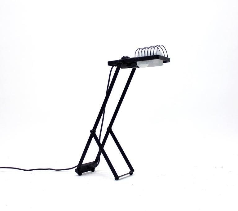Italian Sintesi Table Lamp by Ernseto Gismondi for Artemide, 1970s For Sale