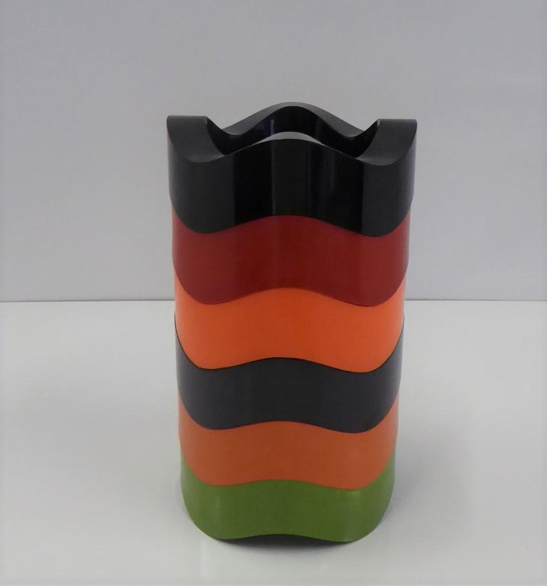 Designed by Walter Zeischegg and originally produced by Hellit of Germany in 1966-67, the iconic Sinus stackable ashtray came in an array of colors. They were made out of Melamine and were produced by many different manufacturers as seen in our