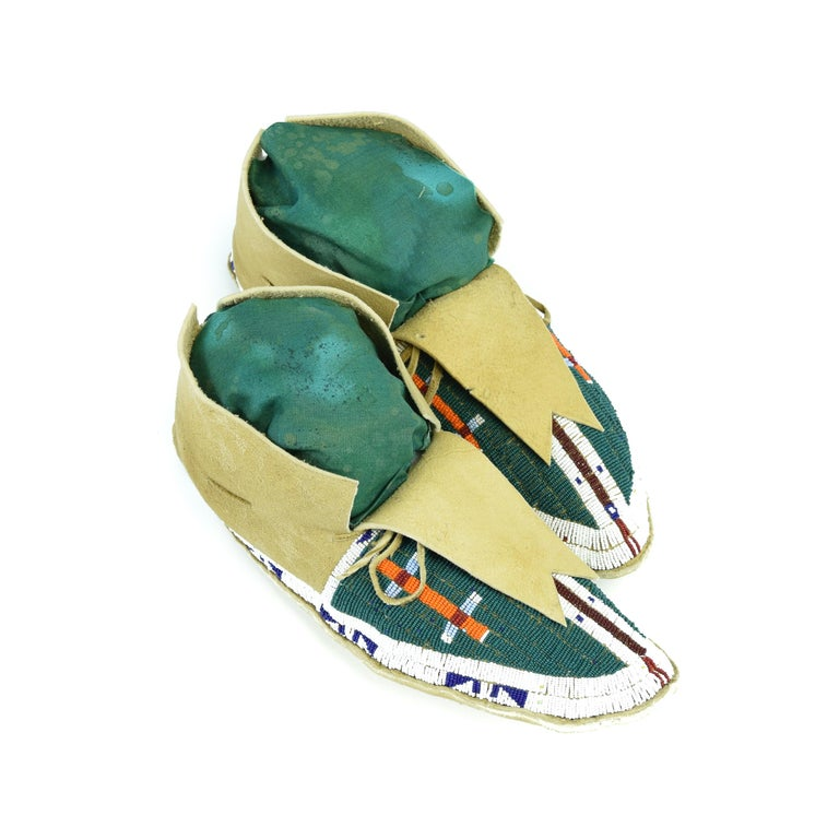 American Sioux Beaded Moccasins For Sale