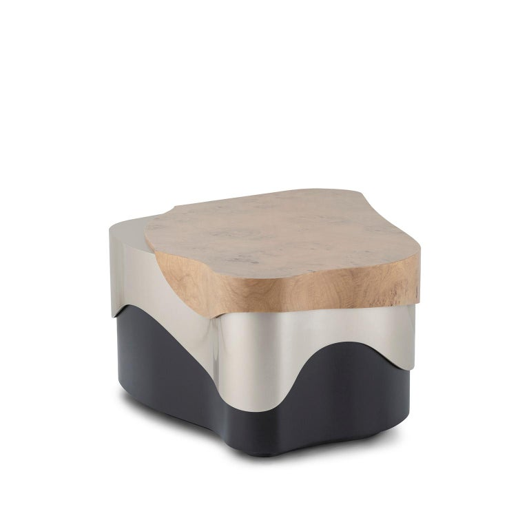 Modern Sistelo Coffee Table Oak Root Brushed Brass Black and Champagne Lacquered For Sale