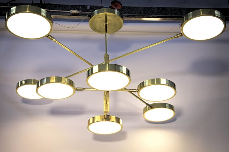 Sistema, Brass 8 Rotating Orbitale Arms Chandelier, Featured for Dining Table For Sale 8