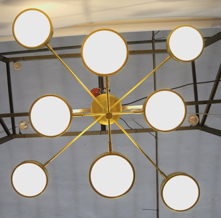 Sistema, Brass 8 Rotating Orbitale Arms Chandelier, Featured for Dining Table For Sale 9