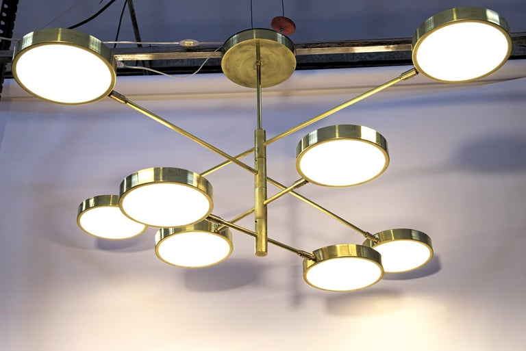 Sistema, Brass 8 Rotating Orbitale Arms Chandelier, Featured for Dining Table For Sale 10