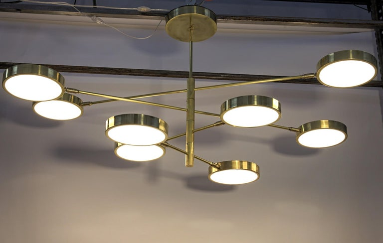 Mid-Century Modern Sistema, Brass 8 Rotating Orbitale Arms Chandelier, Featured for Dining Table For Sale