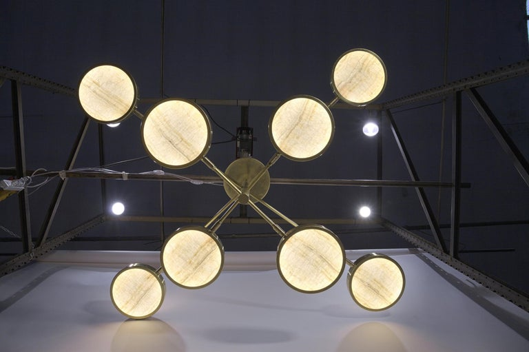 Sistema Solare, Luxury Ivory Onyx and Brass 8 Rotating Orbitale Arms Chandelier For Sale 8